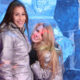 chicas en ice bar